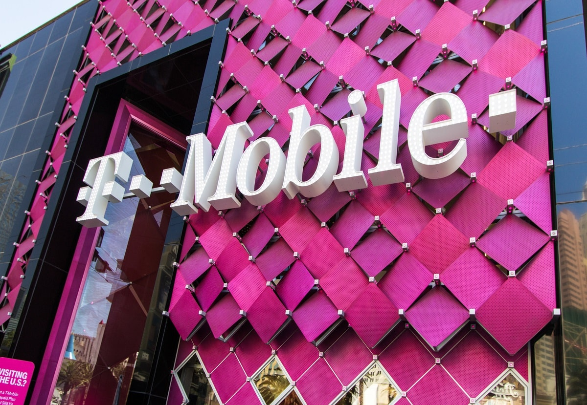 storefront of T-Mobile as it merges with Sprint